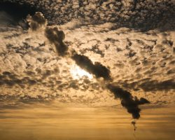 smoke-plume-2801457_1920